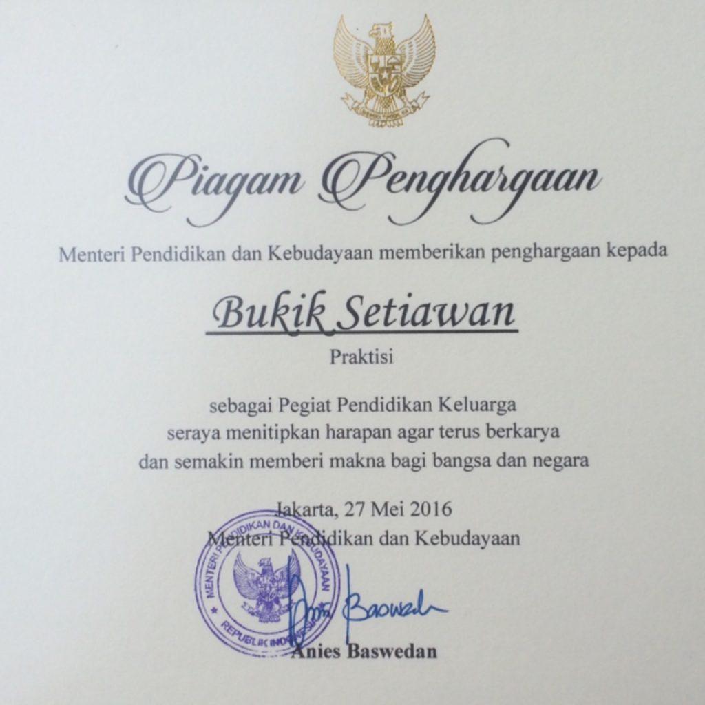 penghargaan menteri pendidikan dan kebudayaan